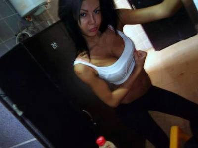 Meet local singles like Oleta from Wauconda, Washington who want to fuck tonight