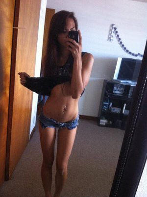 Reva from  is interested in nsa sex with a nice, young man