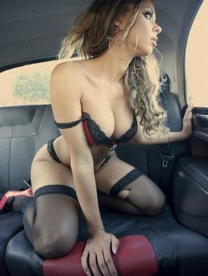 Aura from Steeles Tavern, Virginia is looking for adult webcam chat