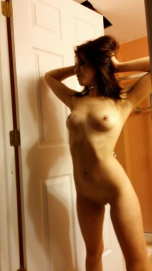 Chanda from Moosepass, Alaska is looking for adult webcam chat