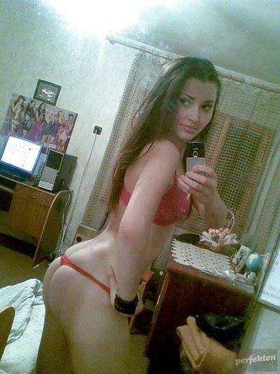 Margene from Salisbury, Connecticut is looking for adult webcam chat