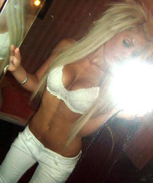 Leena from  is looking for adult webcam chat