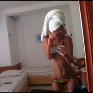 Marica from Clarkston, Washington is looking for adult webcam chat