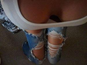 Belva from Bellevue, Idaho is looking for adult webcam chat