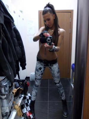 Stefania from  is looking for adult webcam chat