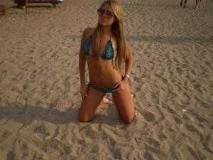 Lucrecia from Aniak, Alaska is looking for adult webcam chat