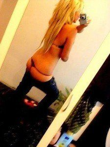Rutha from Fairbanks, Alaska is looking for adult webcam chat