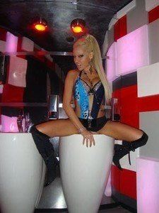 Arlinda from Tennessee is looking for adult webcam chat